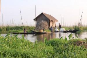 Vie sur le lac Inle en Birmanie