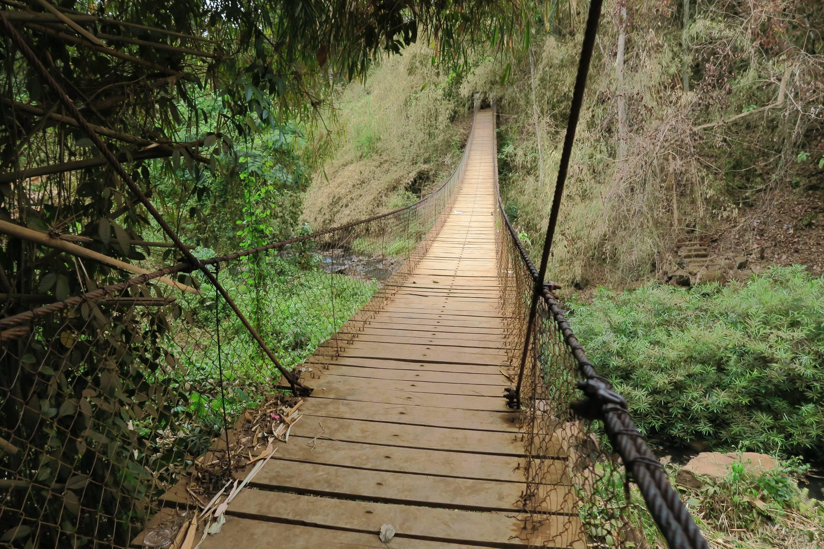 pont à la chute de Kachagn (Ka Tchanh Waterfall)