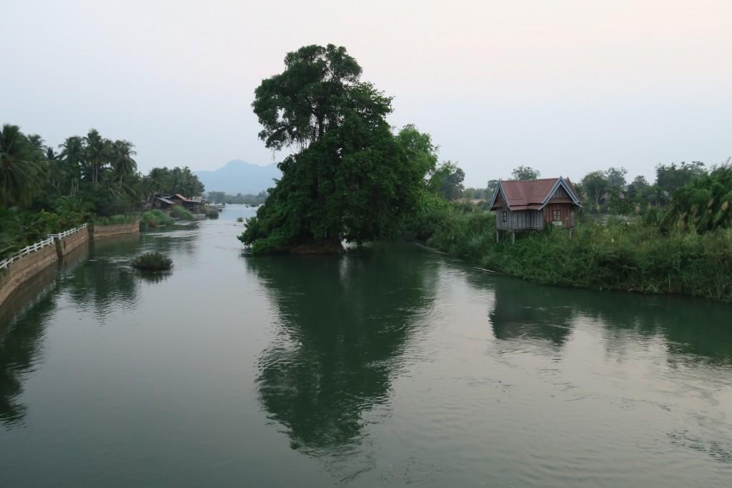 Pont entre don d'être et don Khône